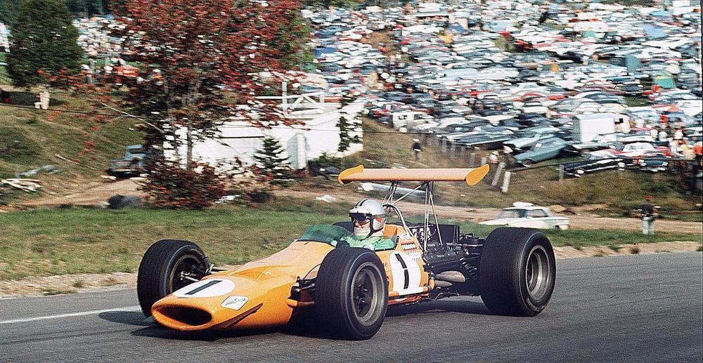De bekende oranje bolide waarmee McLaren in 1968 rondsjeesde