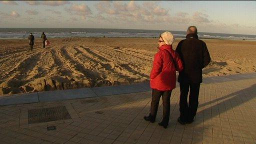 Nieuwjaarsduik op strand Oostende afgelast