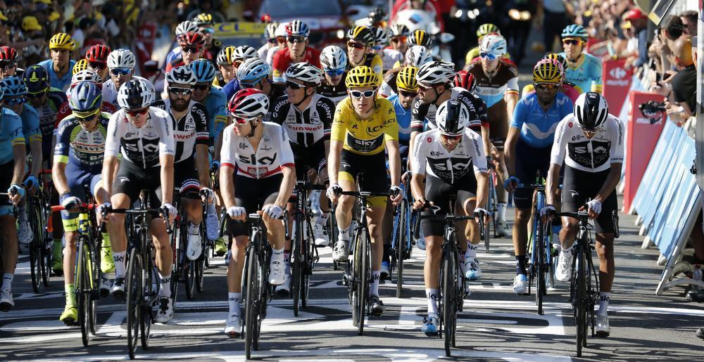 Magnus Cort Nielsen wint 15e etappe, Geraint Thomas houdt het geel
