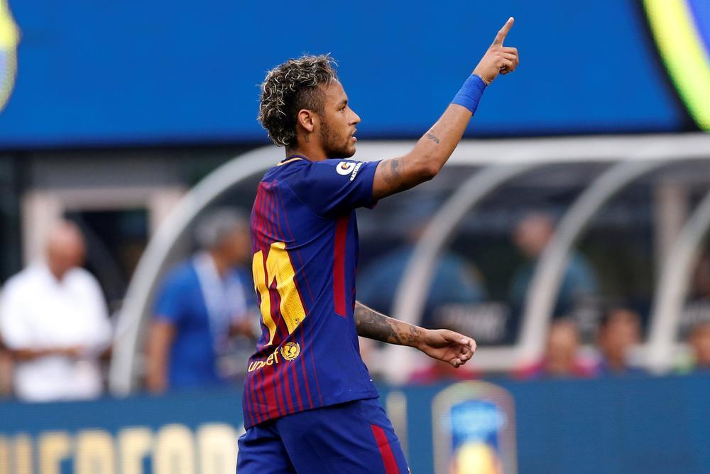 PSG lijkt een achterpoortje nodig te hebben om Neymar naar Parijs te halen.