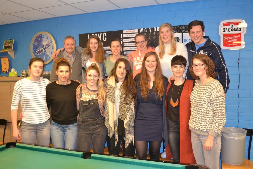 Woensdagavond 9 maart namen de speelsters van Optima Lendelede afscheid van 'Char'. (Foto WVS)