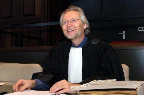 INSPECTEUR JPT (52): Eveline uit Brugge bekoopt verbroken relatie met de dood