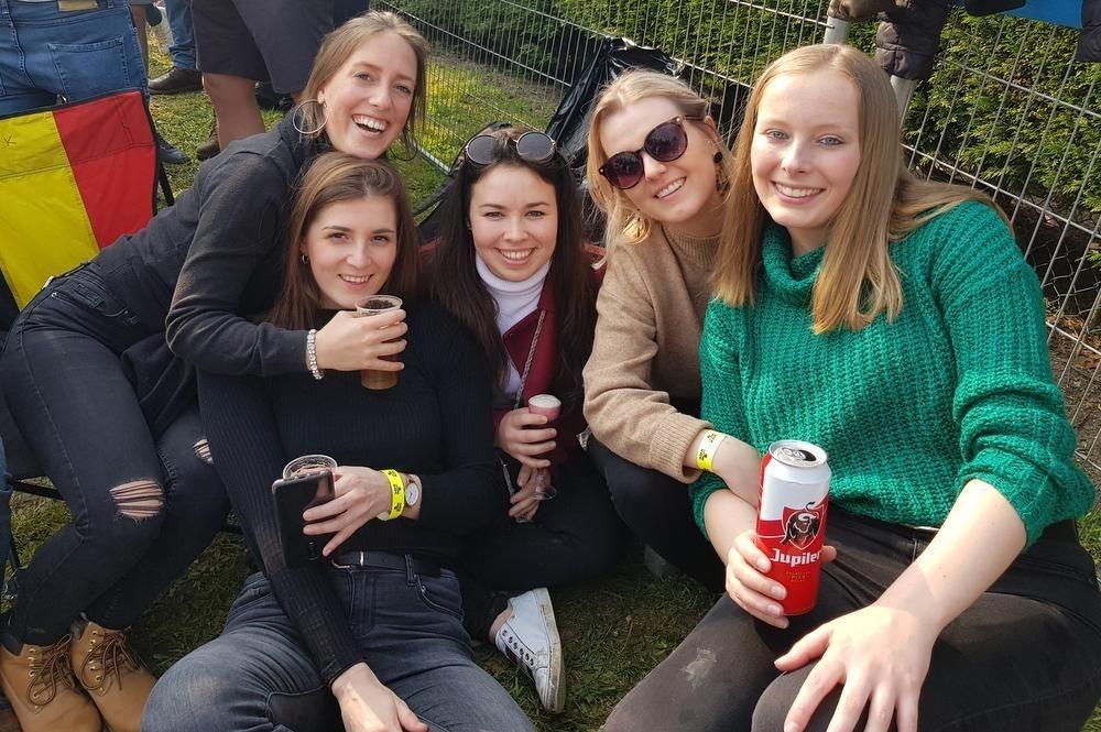 De West-Vlaamse vrouwen van Forza Lampaert.