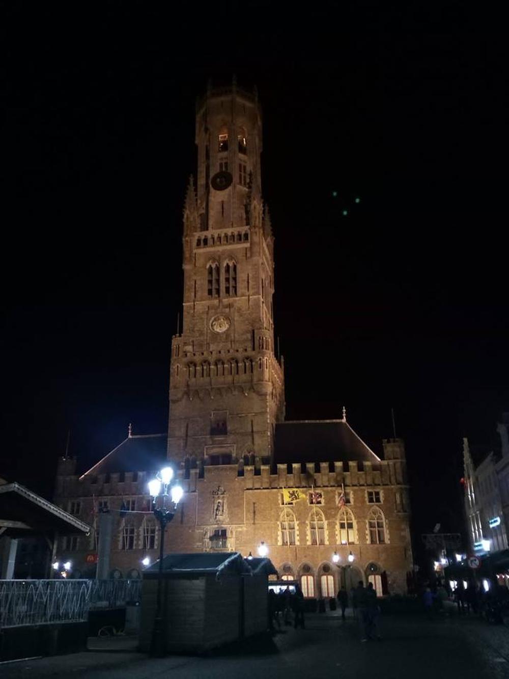 Mysterie opgelost: dan toch geen ufo gespot in Brugge