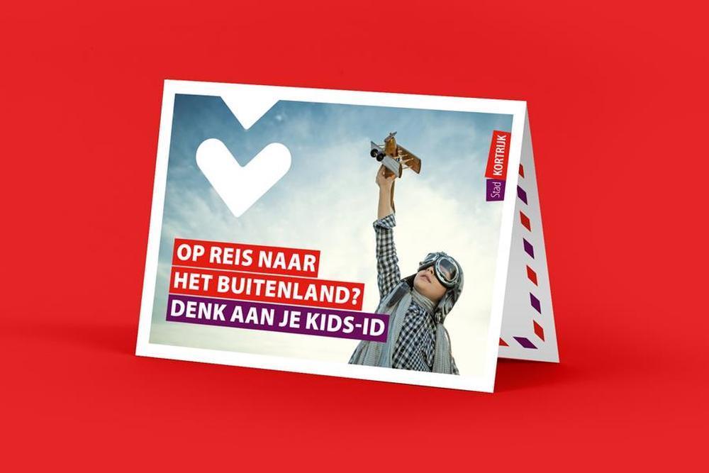 Stad Kortrijk wint Communicatieprijs met een reiskaartje dat de kids-ID promoot, gemeente Middelkerke kaapt Publieksprijs weg