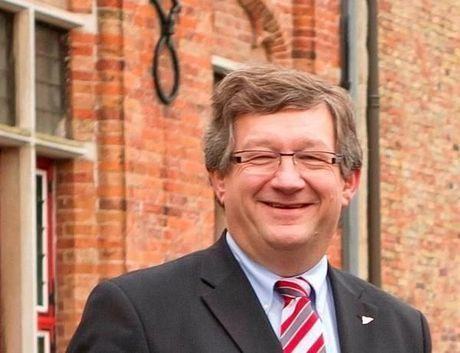 Kleur bekennen : de pronostiek van het Brugse stadsbestuur voor de derby Cercle - Club