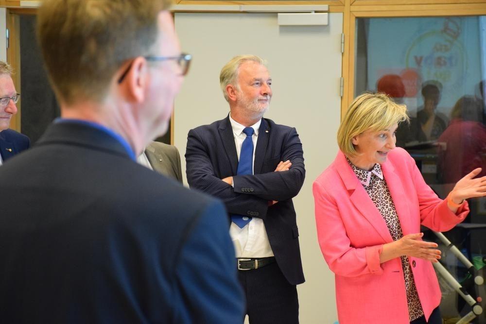 Ook de minister van Onderwijs, Hilde Crevits, had enkele mooie woorden over voor Go Baby Go.