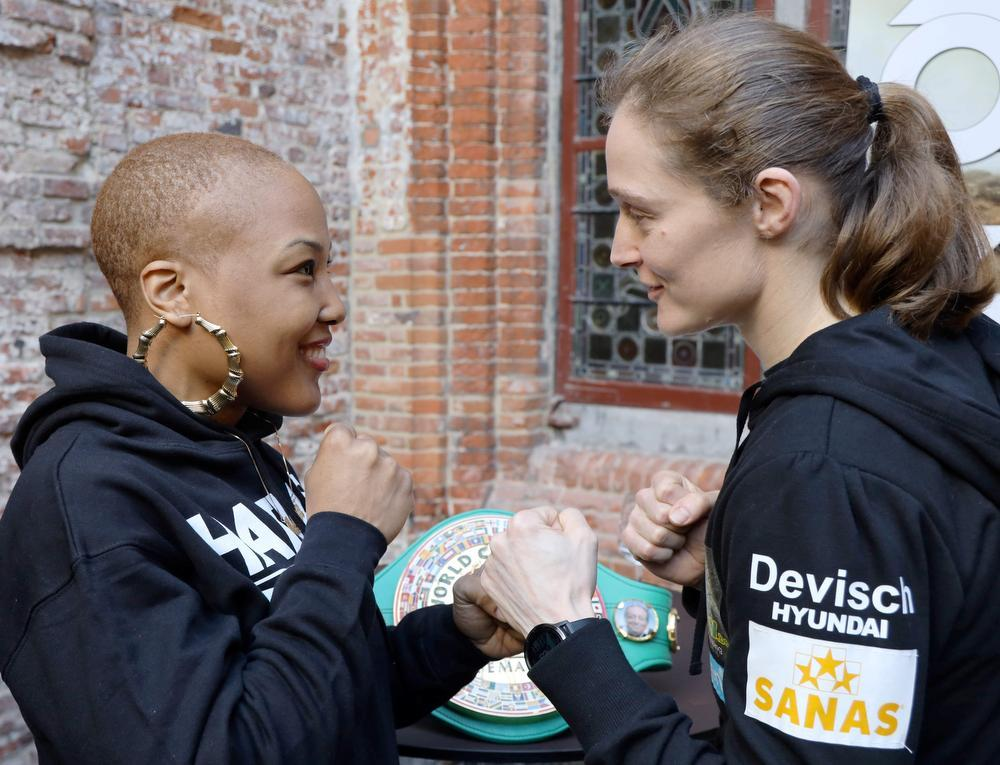 Delfine Persoon en uitdaagster Melissa St. Vil.