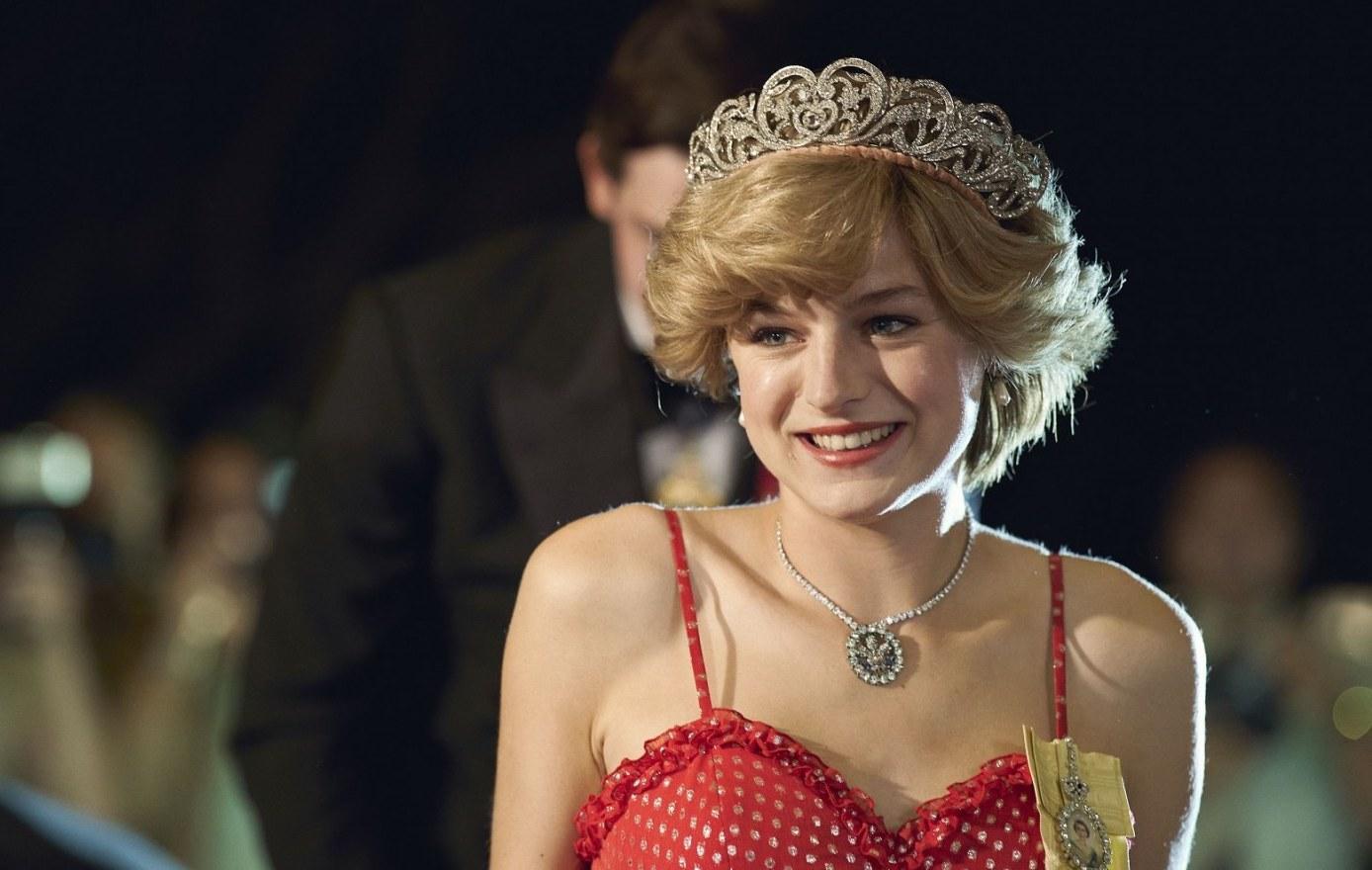 """5 choses à savoir sur Emma Corrin, la Lady Di de """"The Crown"""""""