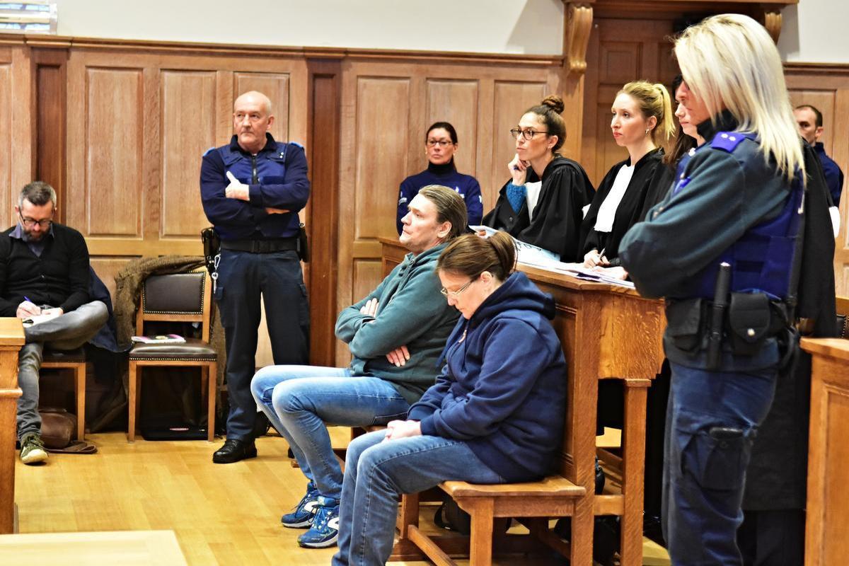 Olaf Phillipaerts en Isabel Duthoit op hun proces in Kortrijk. (archief LO)