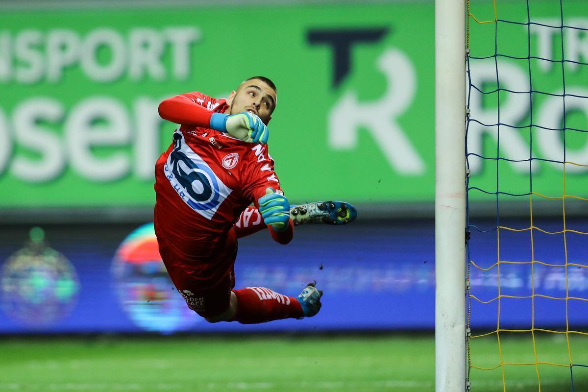 Adam Jakubech is een meerwaarde in doel, Kortrijk heeft een aankoopoptie bij Lille.