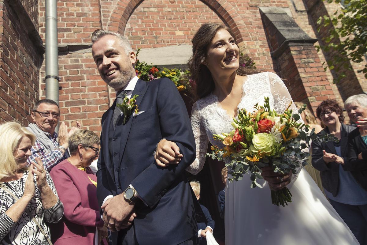 Lies Vandenberghe en Maarten Breckx trouwden in september 2018 in het kleine kerkje van Ruddervoorde.