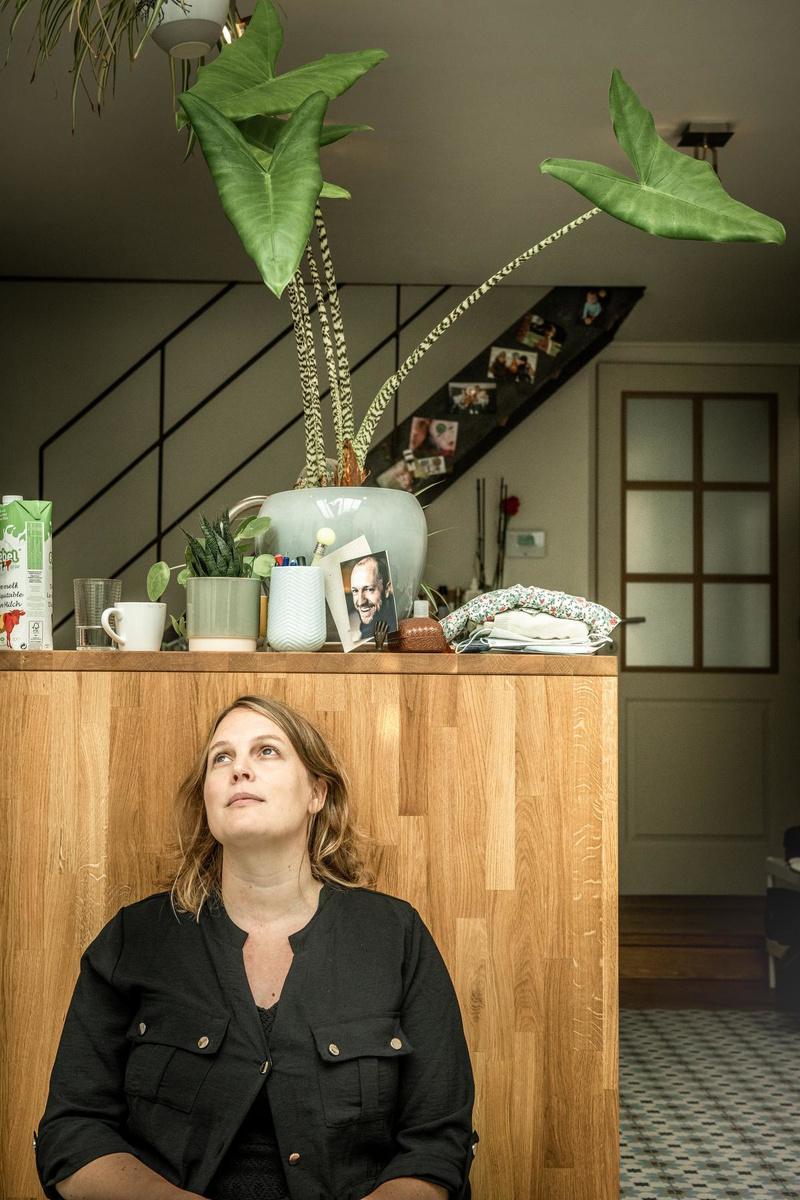 Zangeres en schrijfster Hannelore Bedert:
