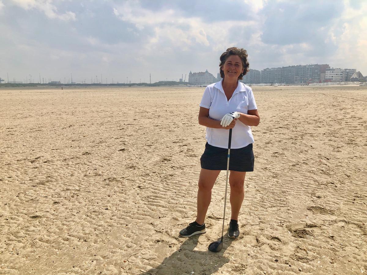 Voor Karen Corrigan is het strand haar voortuin.