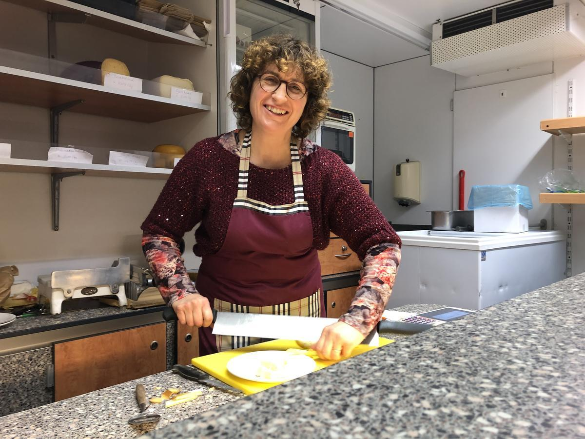 Peggy Ryckewaert maakt haar eigen boter en kaas.