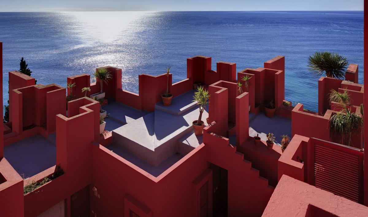 Ont-Spanje in vijf tinten rood