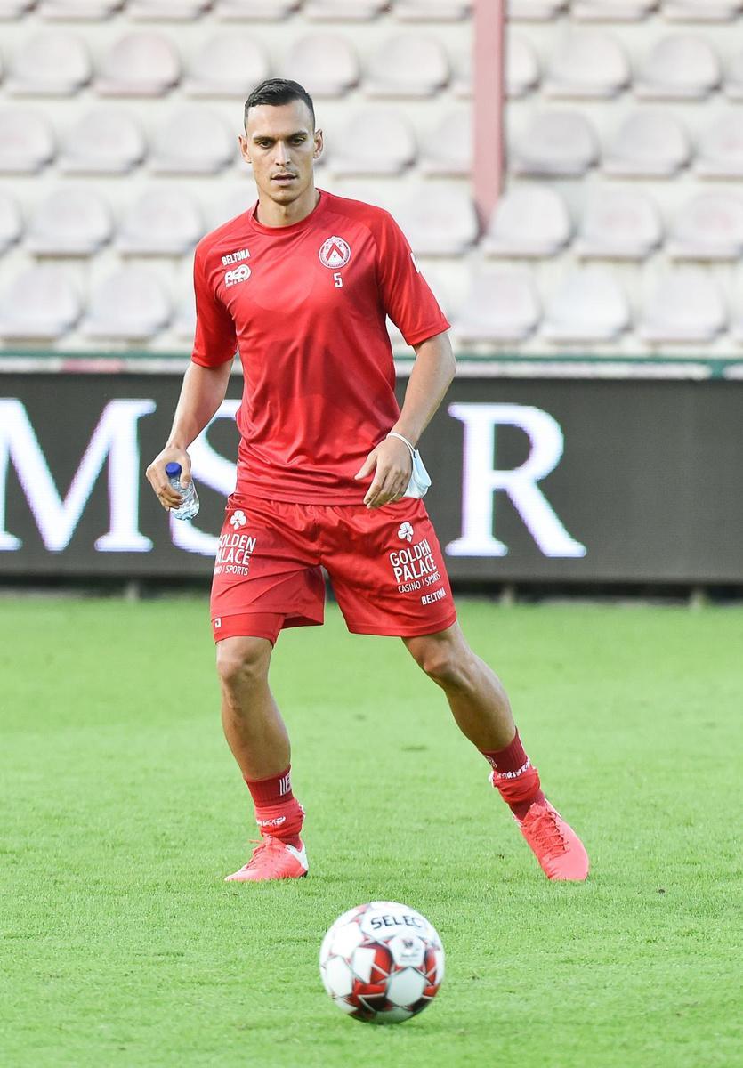 Trent Sainsbury had nog niet meegetraind, maar behoorde toch tot de wedstrijdselectie tegen Eupen.