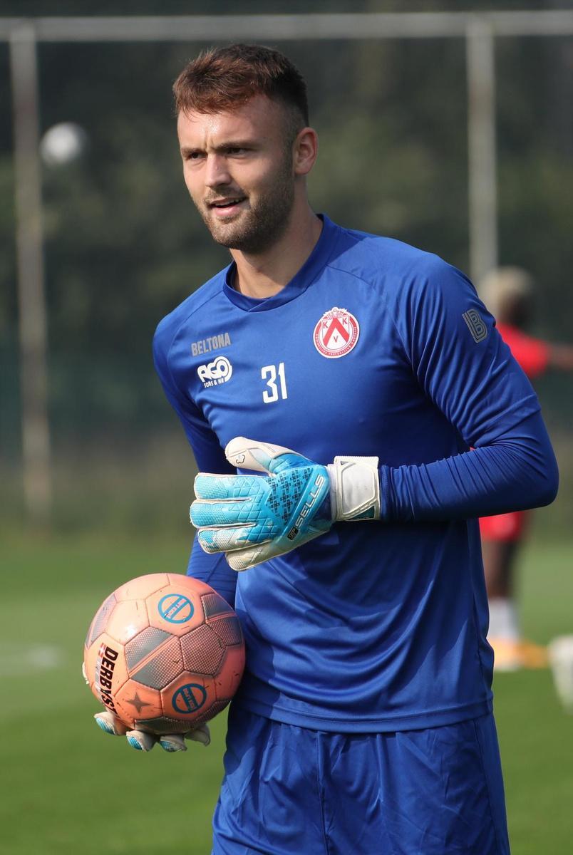 Marko Ilic is ontspannen op de training: