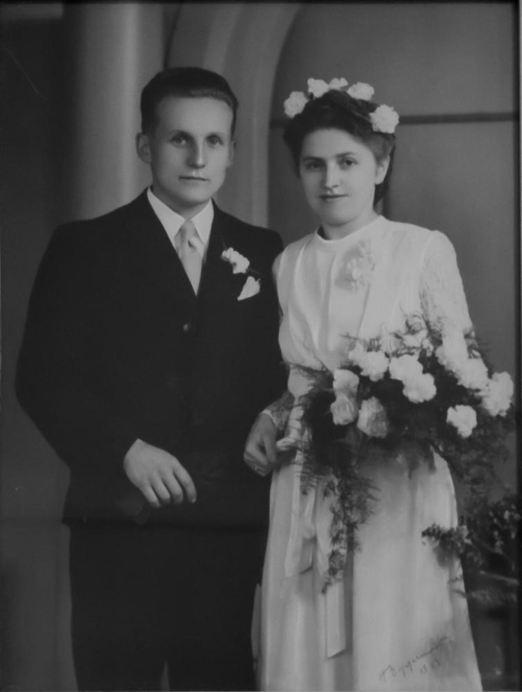 Noël Baert en Alma Dejonckhere op hun huwelijk.