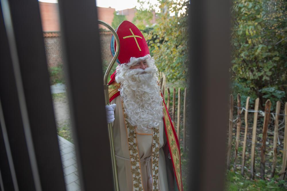 Luc Verstraete is al een halve eeuw een trouwe hulpsint: Sinterklaas is gewoon onverwoestbaar