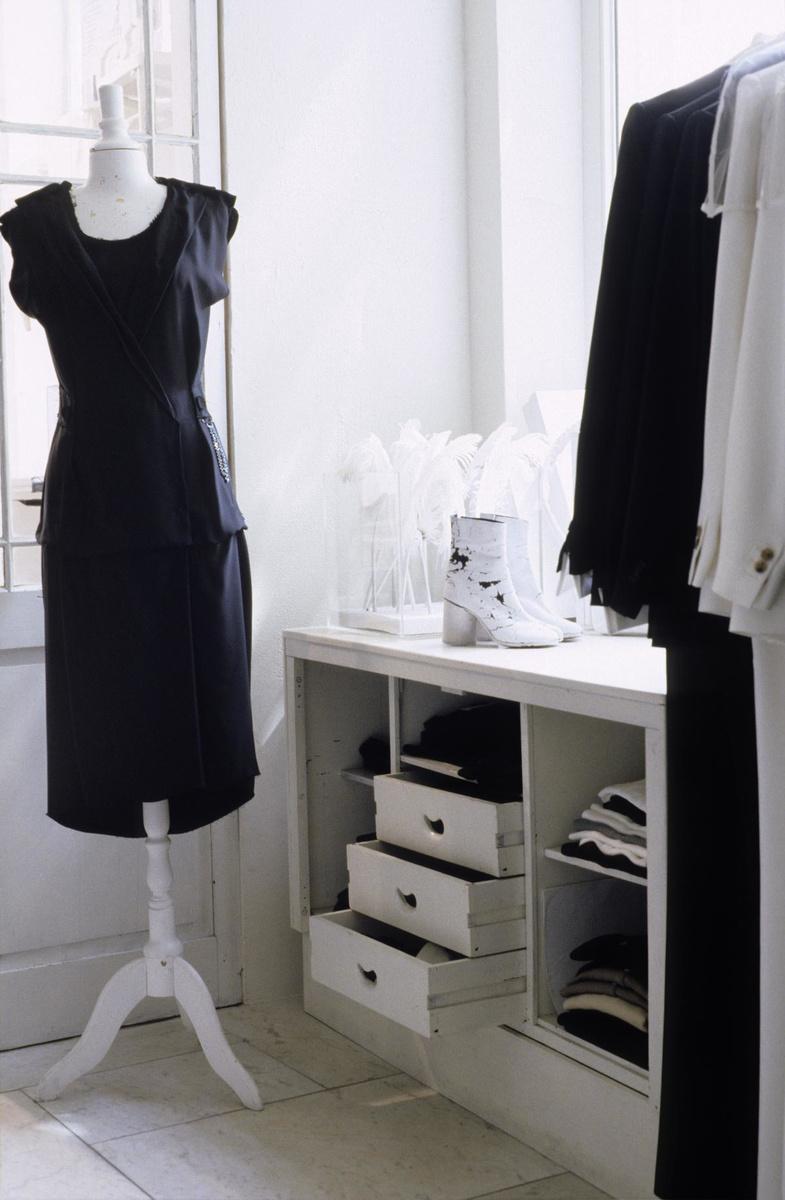 De Dansaertwijk gaat voor exclusieve mode zoals de ontwerpen van Martin Margiella.