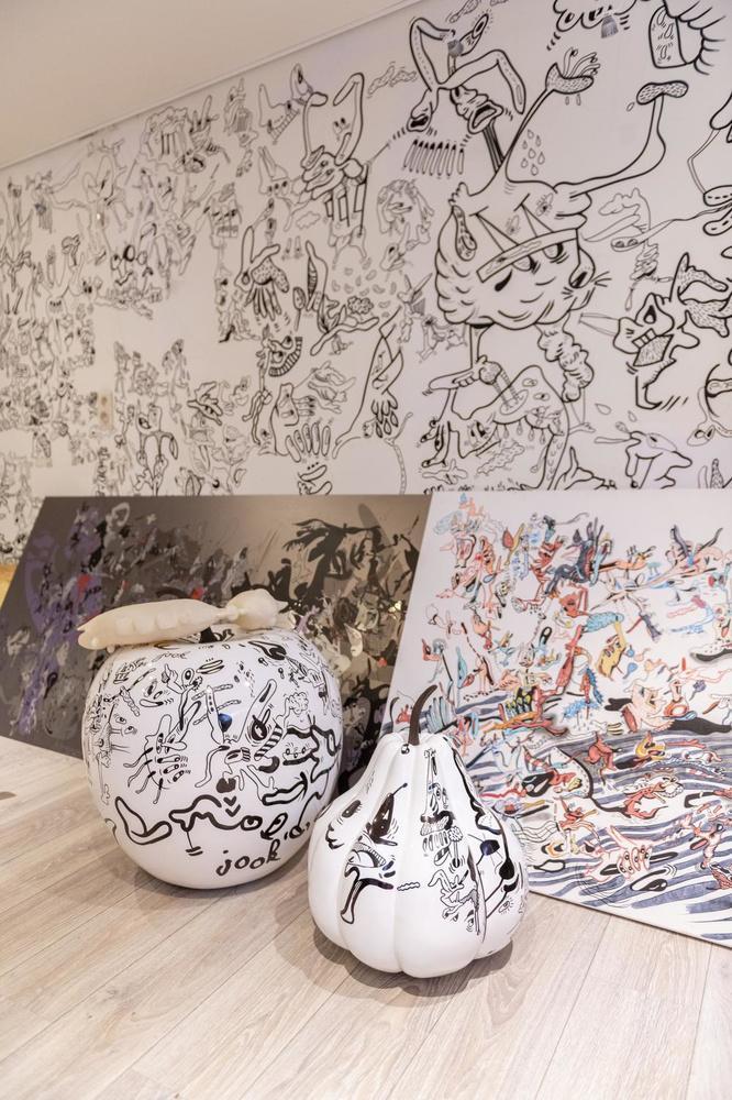 Binnenkijken in een belle-époquewoning, een herenhuis vol speelse doodles