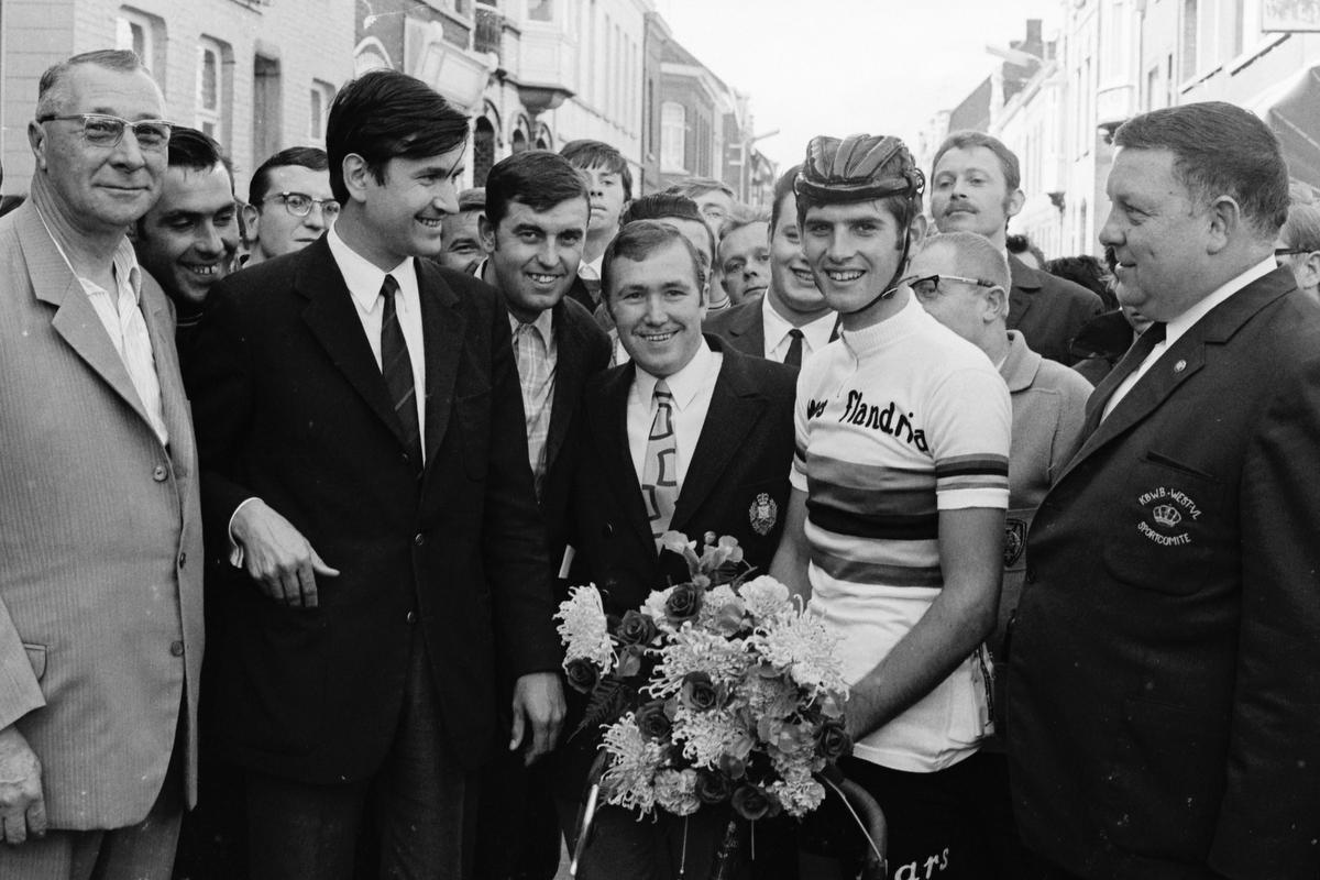 Jean-Pierre Monseré als wereldkampioen. (foto Collectie KOERS. Museum van de Wielersport)