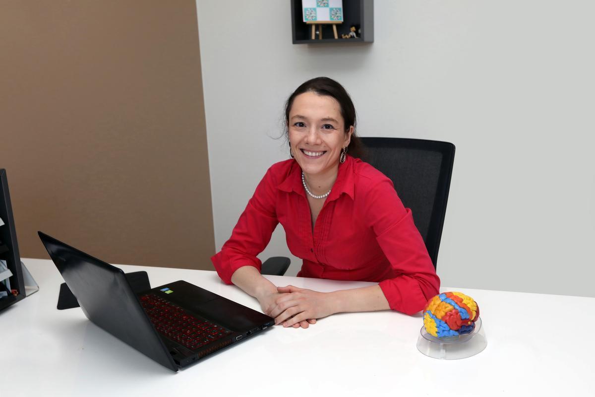 Psychiater Tine Sabbe in haar thuispraktijk in Torhout.