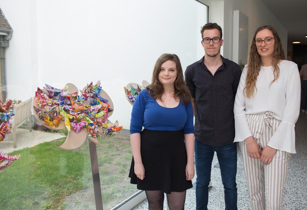 Vijftien mensen met dementie tonen hun werk in 'Galerie vergeet me nie'