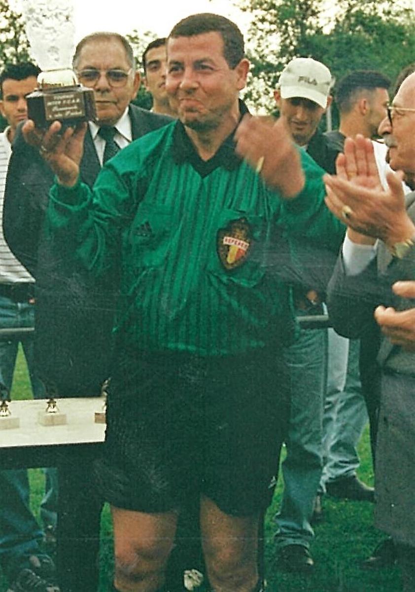 Yazid Beldjoudi, destijds als voetbalscheidsrechter.