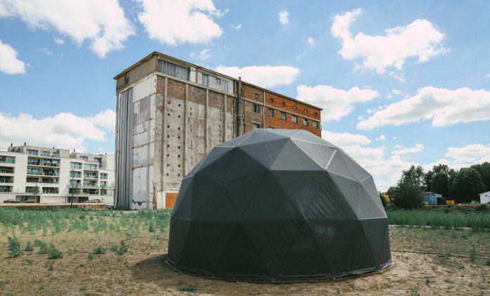 Kunstwerk Contrei Live overleeft storm Odette niet