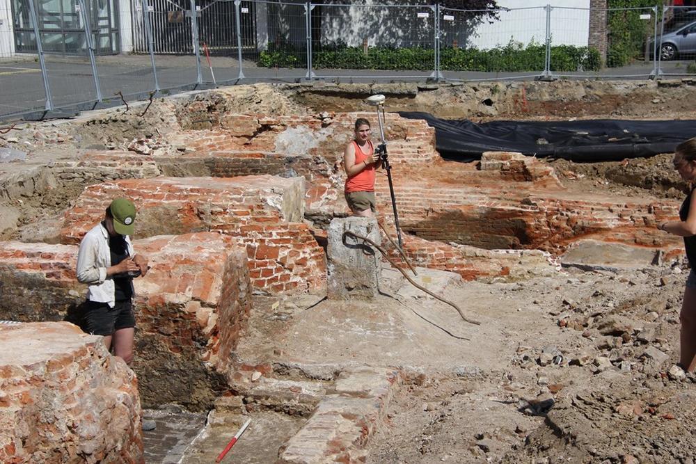 Restanten van Trompetterstoren uit 14de en 15de eeuw dan toch niet afgebroken