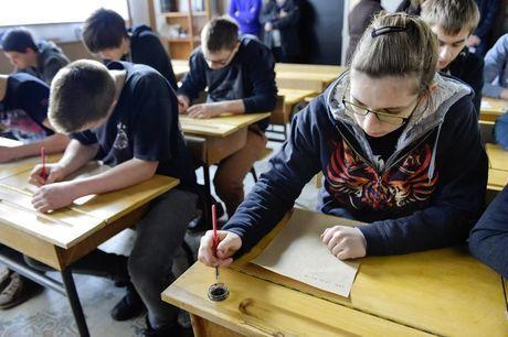 VTI Roeselare richt klas volledig in zoals tijdens de Eerste Wereldoorlog