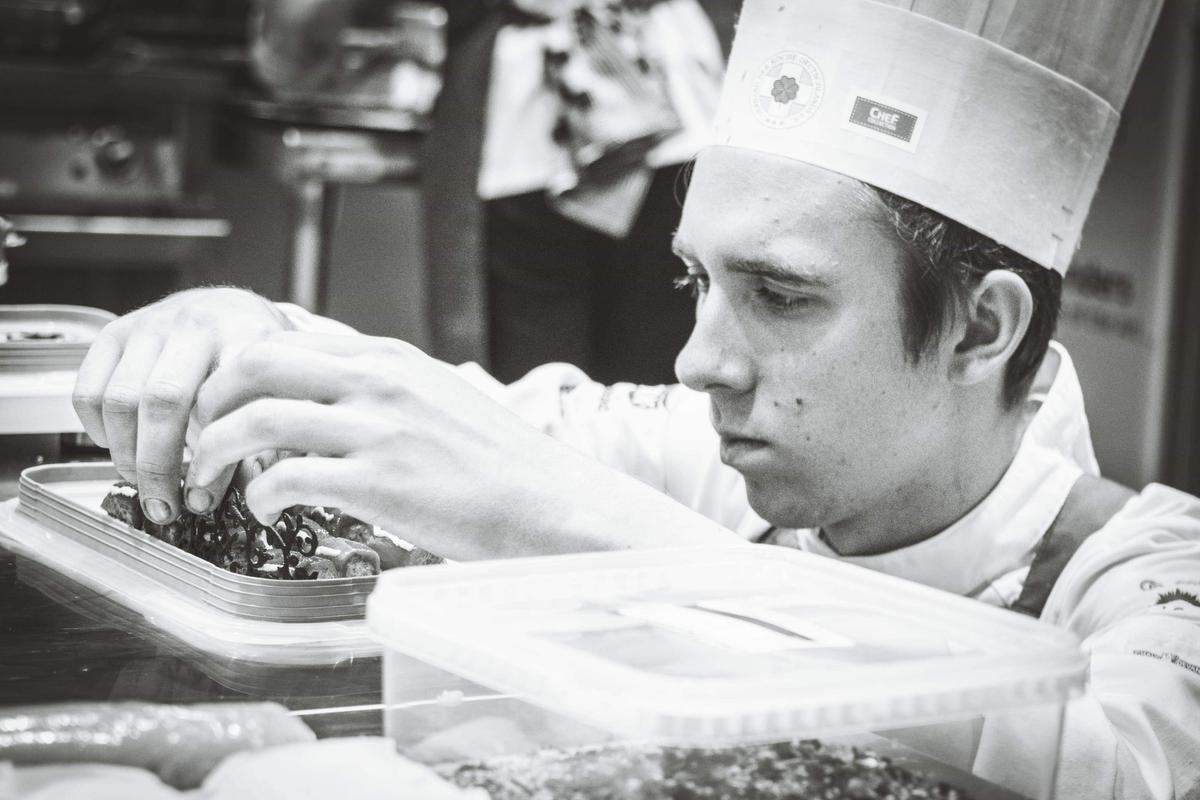 De jonge chef Wout Soete. (foto Manyheaded.Studio)