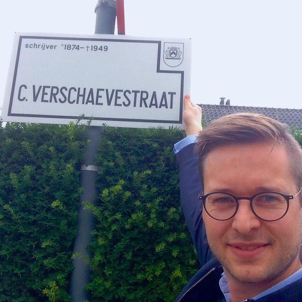 Wouter Vermeersch van Vlaams Belang vindt dat de straatnamen behouden moeten blijven.