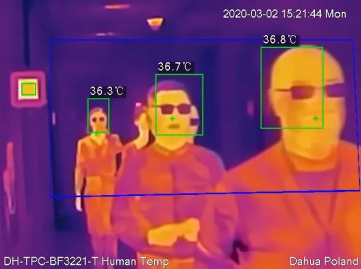 Het apparaat van Comet-Technics kan bij grote groepen mensen erg nauwkeurig de lichaamstemperatuur meten.