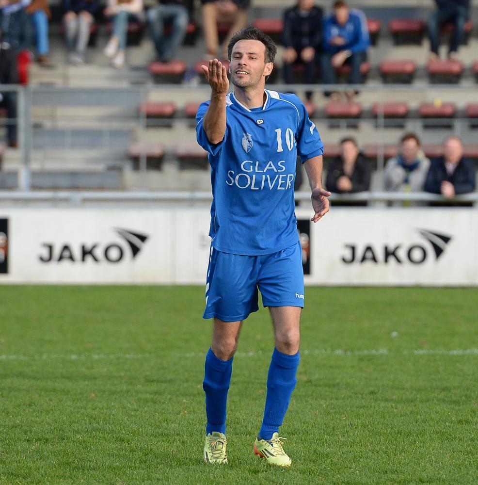 Kurt Delaere als speler van KSV Rumbeke toen hij scoorde in de finale van de Beker van West-Vlaanderen.