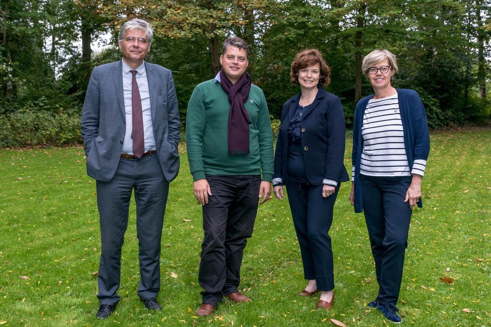 Jean de Bethune trok met kostukken Roel Deseyn, Hannelore Vanhoenacker en Christine Depuydt naar de gemeenteraadsverkiezingen in oktober.