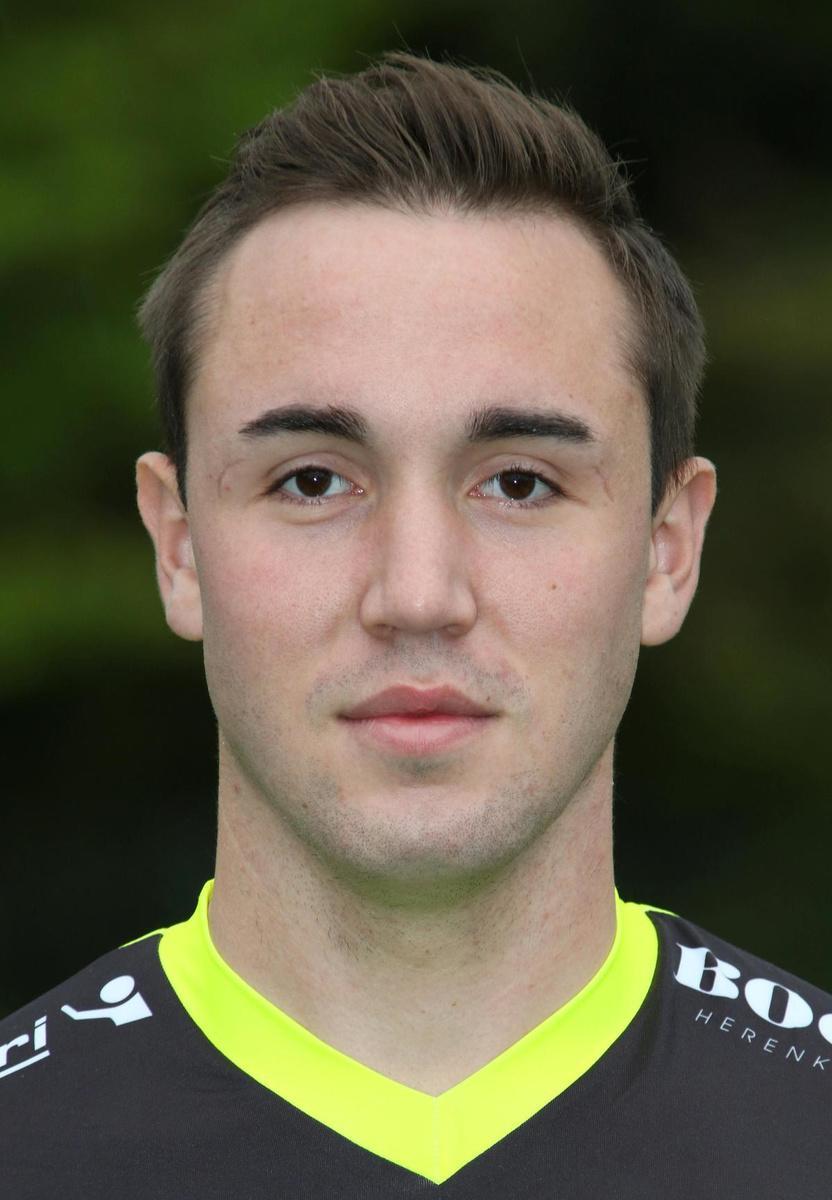 Arne Galens gaat voluit zijn kans om volgend seizoen eerste keeper te worden bij Winkel Sport.