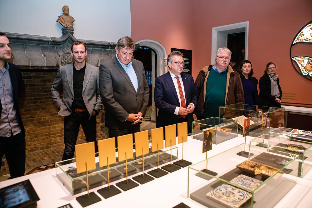 VIDEO Minister-president Jan Jambon bezoekt Brugse en Oostendse musea