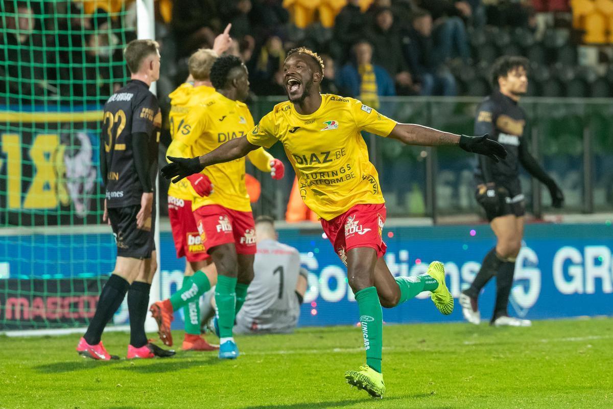 KV Oostende zet belangrijke stap richting behoud na gouden thuiszege tegen STVV