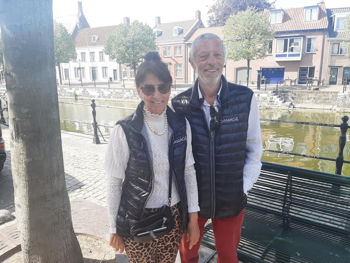 Marijke Van Deursen en Guido Nyckees komen normaal haast wekelijks boodschappen doen in Sluis, maar waren er nu enkele maanden niet geweest.