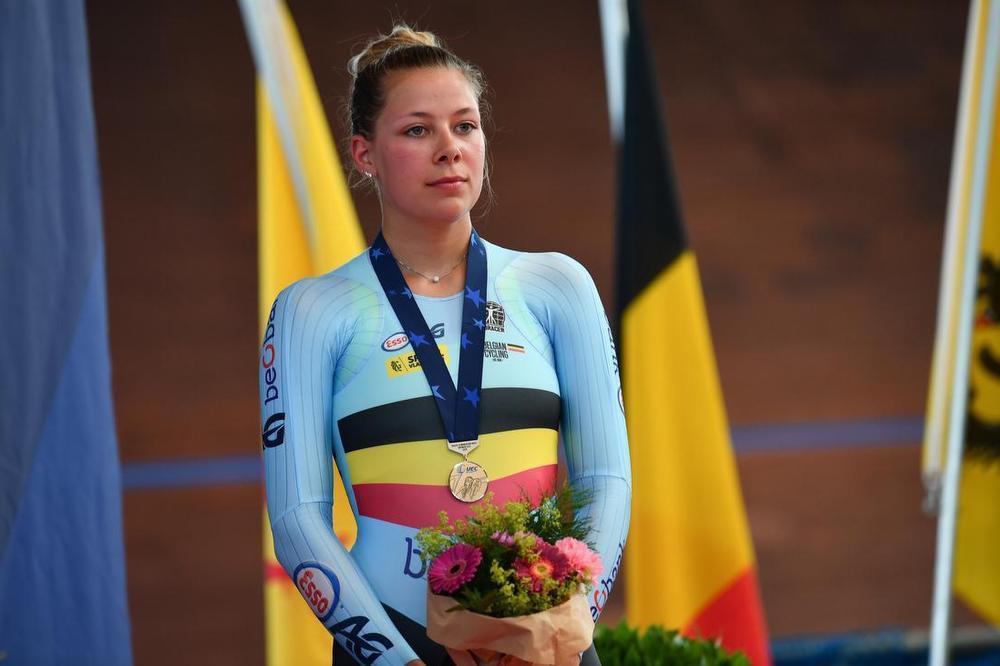 Shari Bossuyt behaalde op het EK piste voor beloften brons in de puntenkoers en de afvalling. Ze deed dat als 18-jarige. (foto GF)