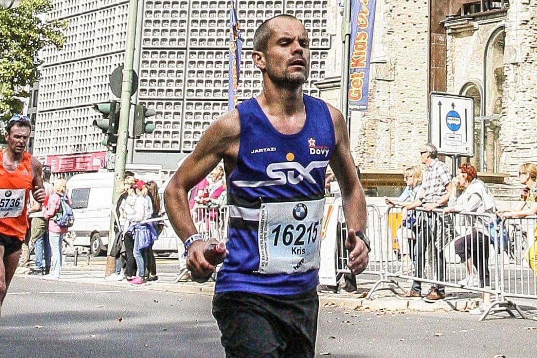 Kris Dehem liep twee jaar geleden zijn eerste marathon. Zondag is hij aan nummer vijf toe. (foto Stefaan Beel)