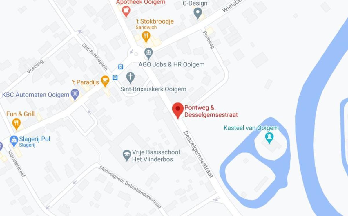25-jarige fietser uit Kuurne overleden na aanrijding met auto in Ooigem