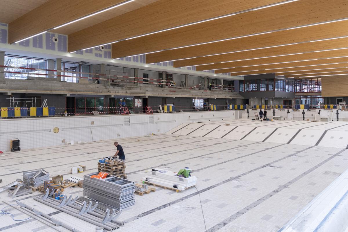 Het nieuwe zwembad krijgt meer en meer vorm.