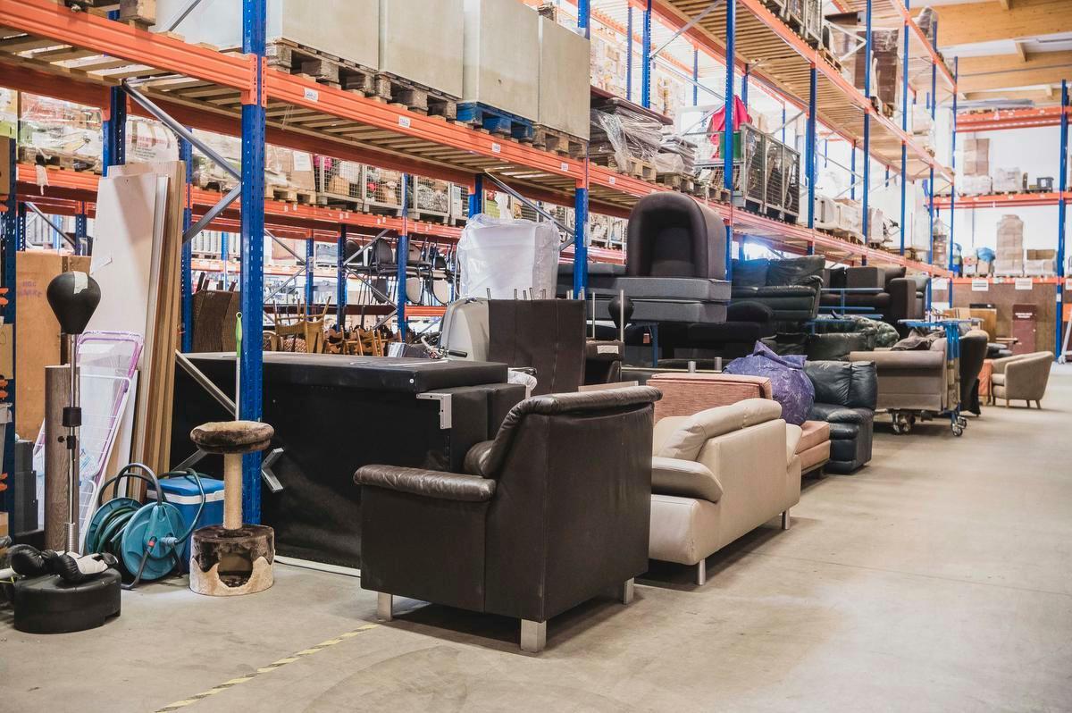 Grotere meubelstukken kunnen zelfs thuis geleverd worden.