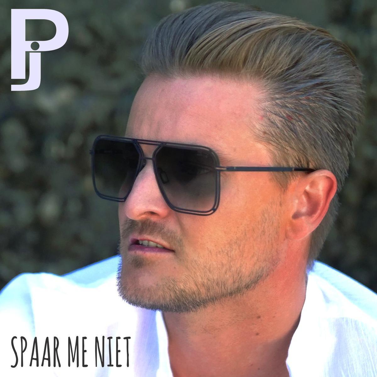 PJ zingt tweede single 'Spaar me niet' in Den Arc in Waregem