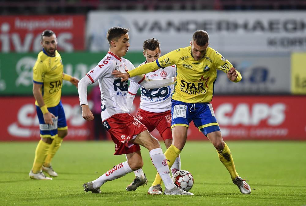 Fans KV Kortrijk roepen om Hein Vanhaezebrouck na nieuwe nederlaag