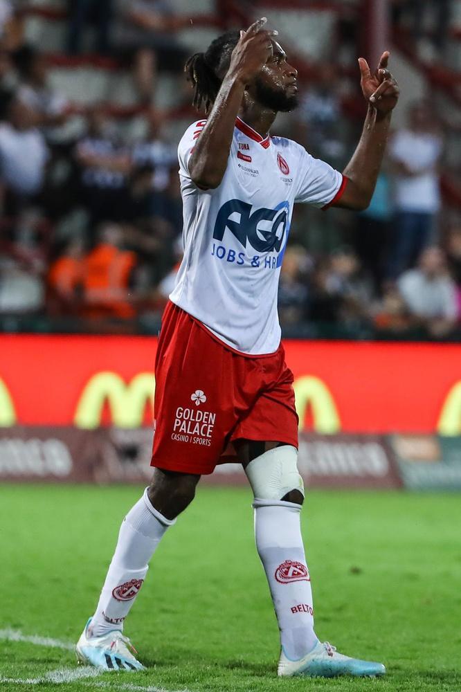 KV Kortrijk knokt zich in slotkwartier naar gelijkspel tegen Charleroi